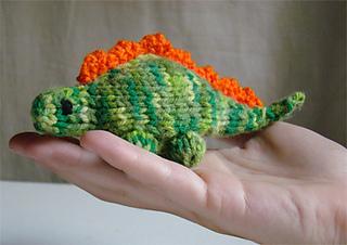 Dino-hand_small2