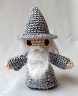 Grey_wizard_03_small2