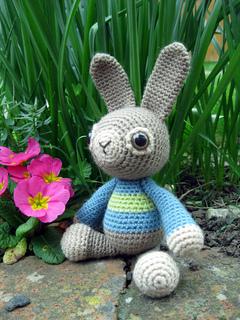 Wj_rabbit_01_small2