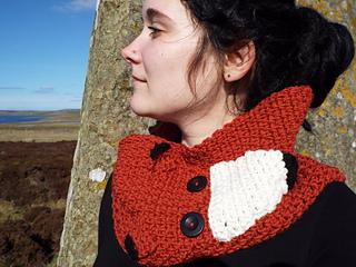 The__little_red_fox_cowl_crochet_pattern_small2