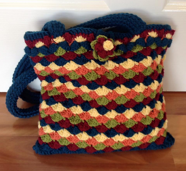 Free Crochet Shell Purse Pattern : 365 Crochet