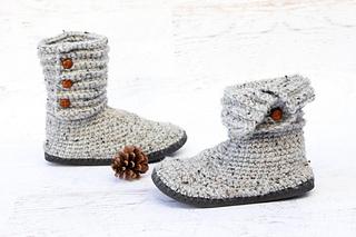 Cabin-crochet-boots-flip-flops_small2