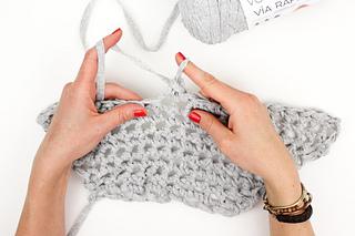 Beginner-finger-crochet-market-tote-bag-free-pattern-18_small2