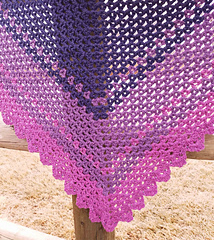 Vivianne_shawl_cc-_andee_graves-m2h_designs_small