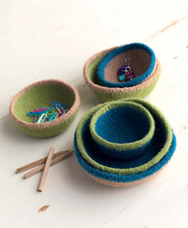 Crochet_at_home_-_trinket_bowls_beauty_shot_small2