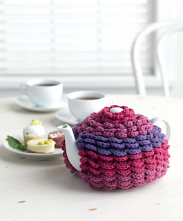 Crochet_at_home_-_tiered_tea_cozy_beauty_shot_small2