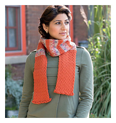 Scarf_style_2_-_queenie_beauty_shot_small