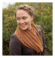 Fair_isle_style_-_kulli_cowl_beauty_shot_small