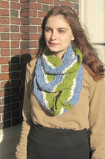 Eyelet_ripple_infinity_scarf_alice_wind_small2