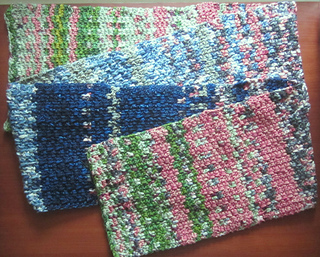Temperature_scarf_folded_flat_small2