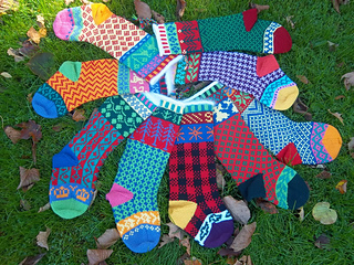 Cascade_christmas_stocking_circle1_small2