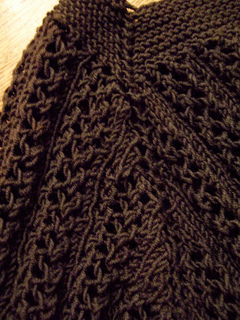 Closeup_of_raglan_shaping_small2
