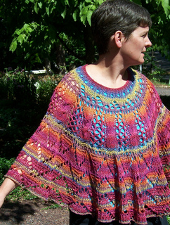 Sorcha_s_shawl_1_small2