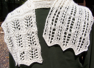 Scarf_done_back_small2