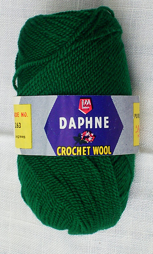 Daphne_bottle_green_medium