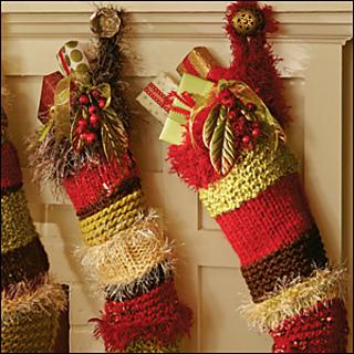 Super_scrap_yarn_stockings_300_small2