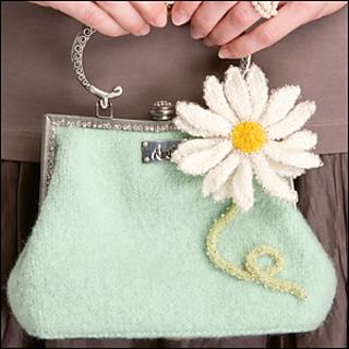 Daisy_purse_300_small2