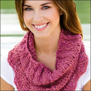 Firstlacecowl_300_small2