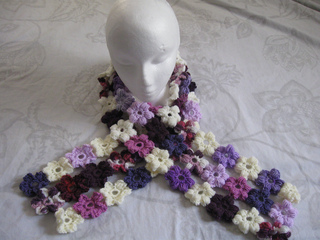 Puff_stitch_flower_scarf_16_small2
