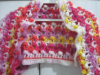 Crochet_bolero_jacket_finished_2_small2