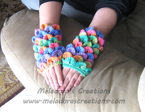 Crocodile Fingerless Gloves