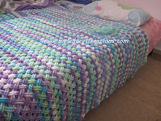 Interweave_finished_afghan_wm_1_small2