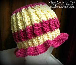 Tiny_twists_sunhat_001_small2