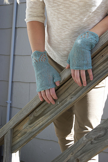 Gladwyne_mitts4_small2