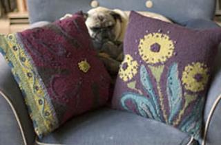 Flower_pillow2_small2