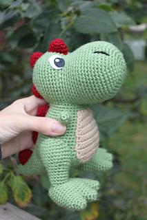 Free Crochet Pattern For Dinosaur Beanie : Ravelry: T-Rex Amigurumi pattern by Kristel
