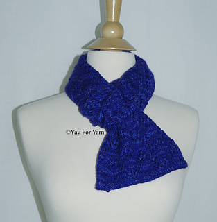 This_chevron_lace_scarf_would_make_a_great_gift__small2