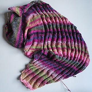 Knitting_february_2011_003_small2