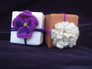 Packages_pansy_and_whhite_small2