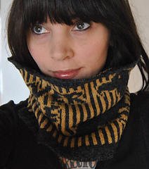 The_nevermore_cowl_016_small
