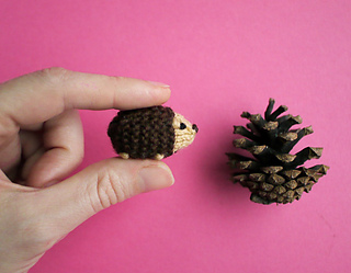 Ravelry: Tiny Hedgehog pattern by Anna Hrachovec