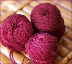 _090701_kettle-dyed_yarn_varn_p7300994_3x3_small
