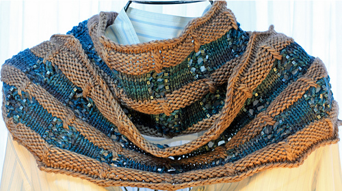 Blue_bell_cowl_twist_view_medium