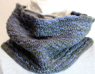 Worsted_cowl_small2
