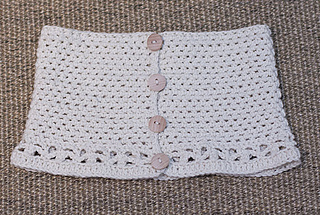 Button-up-cowl-crochet-pattern-mon-petit-four_small2