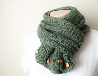 Textured-scarf-cowl4_small2