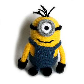 Free Crochet Pattern For Minion Eyes : Ravelry: One-eyed Minion pattern by Amination