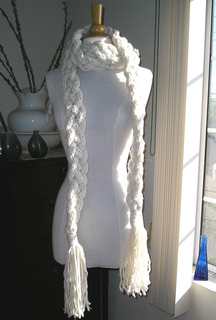 Rapunzel_scarf_001_cropped_and_edited_small2
