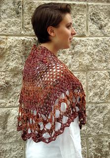 Ql_whitsunday_crochet_butterfly_shawl2_small2