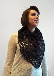 Kfi_kakadu_crcochet_shawle_small2