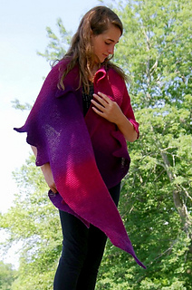 Hbd-shawl-craigyvar_4_small2