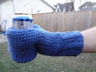 Beverage_mitten_crochet_pattern_small2