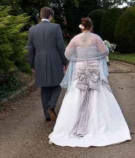 Couple_walk_away_small2