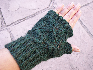 Diamond-leaf-mitt-top_small2