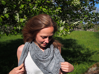 Northernsummershawl2_small2