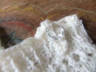 Dscf4209glassbuttonrav_small2